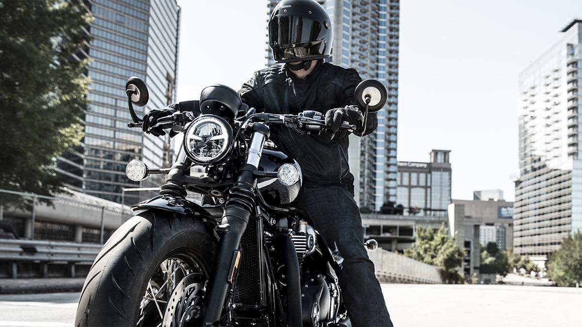 2018 Triumph Bonneville Bobber Black ABS