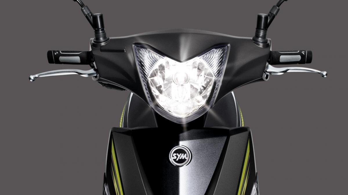 2018 SYM Z1 125(全時點燈)