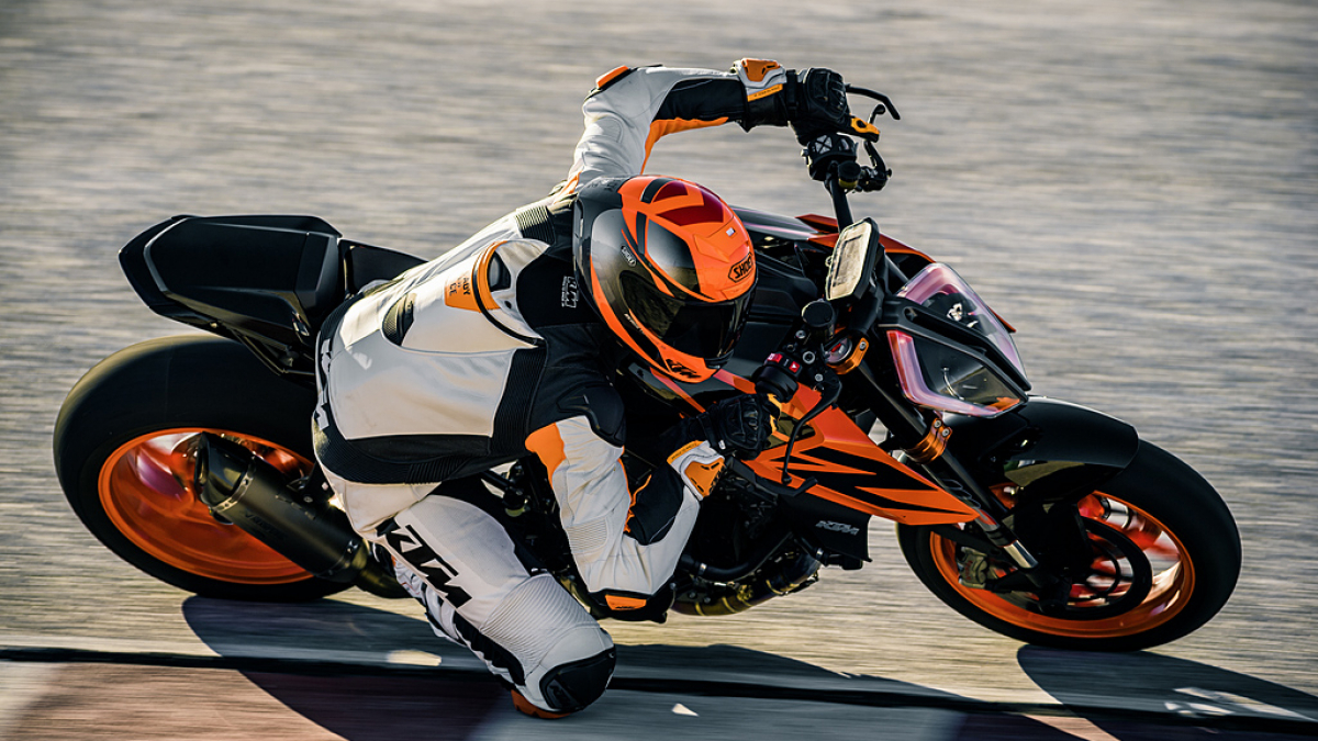 2019 KTM Duke 1290 Super R