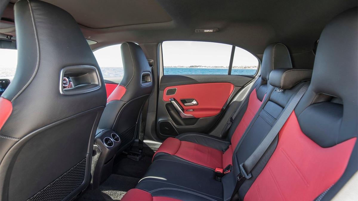 2020 M-Benz A-Class A180運動版