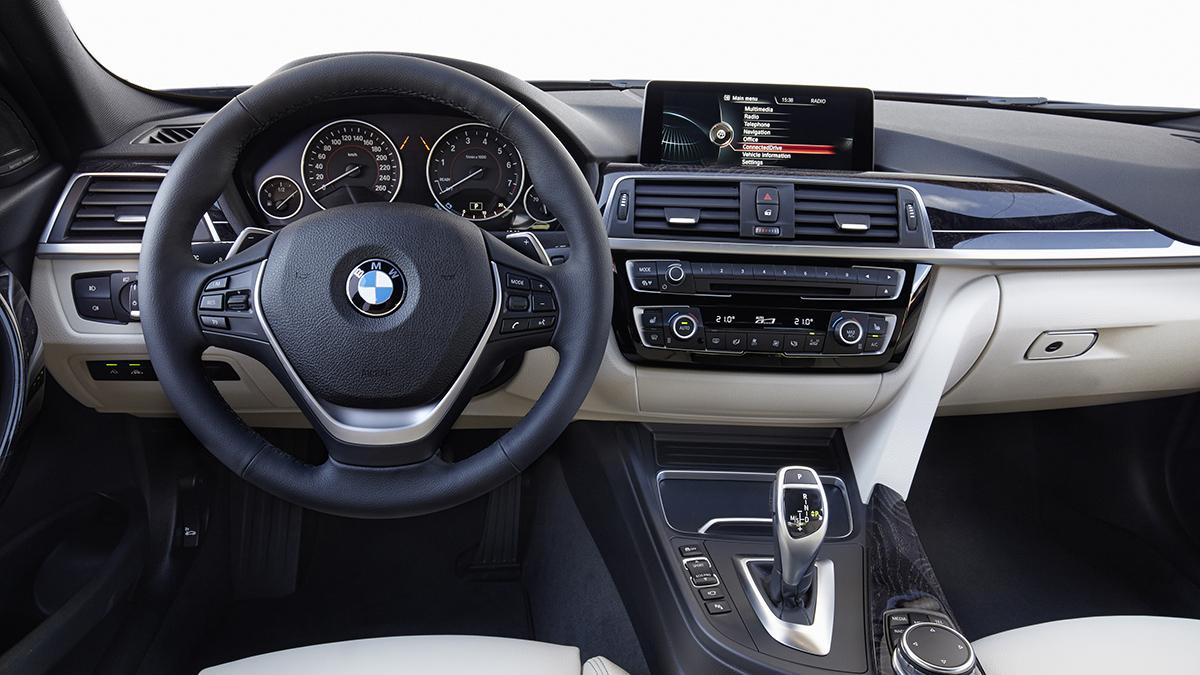 2018 BMW 3-Series Sedan 320i Sport