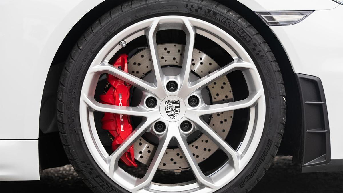 2020 Porsche Boxster Spyder