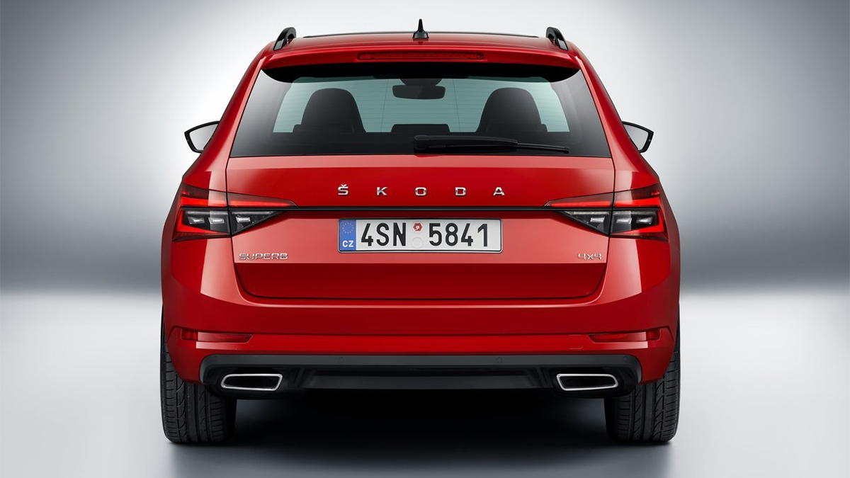 2021 Skoda Superb Combi 2.0 TSI SportPlus 4x4