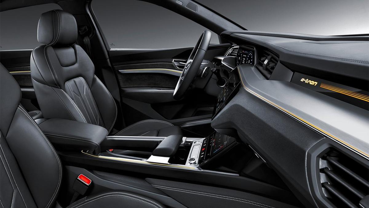 2021 Audi e-tron 55 quattro  S-Line