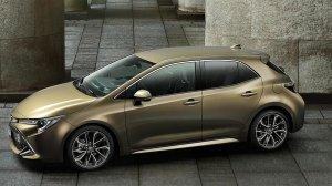 2019 - Toyota Auris
