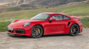 2021 - Porsche 911 Turbo