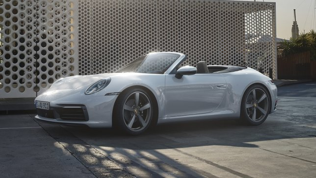 2021 Porsche 911 Carrera 4 Cabriolet