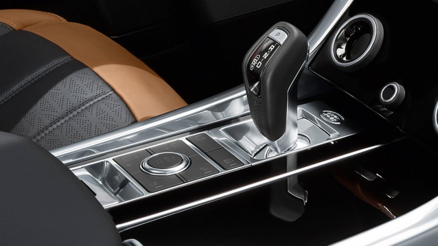2019 Land Rover Range Rover Sport P300 HSE