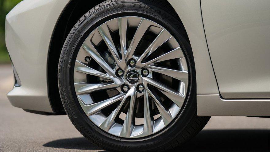 2019 Lexus ES 200頂級版