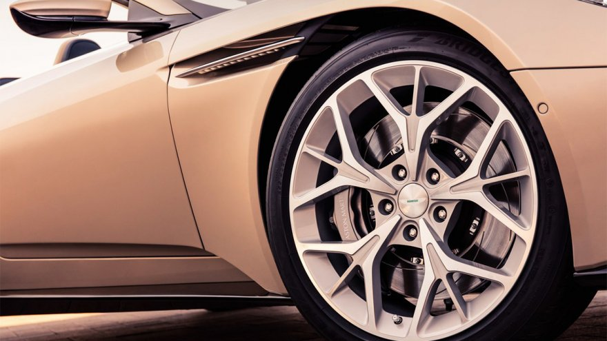 2020 Aston Martin DB11 Volante 4.0 V8