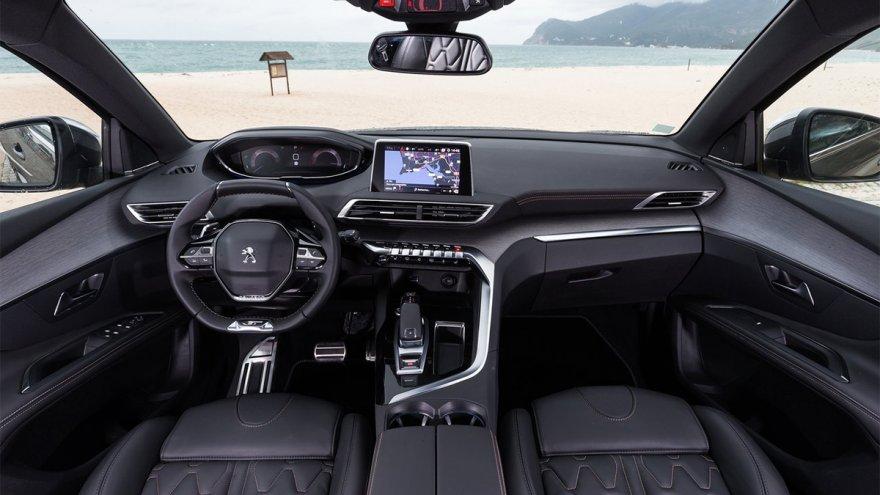 2019 Peugeot 5008 SUV GT Grip Control