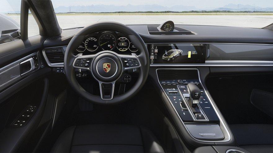 2019 Porsche Panamera Turbo S  E-Hybrid Executive
