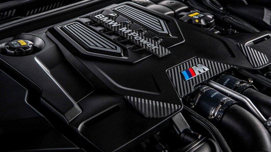 2021 BMW 5-Series Sedan M5 Racing Package