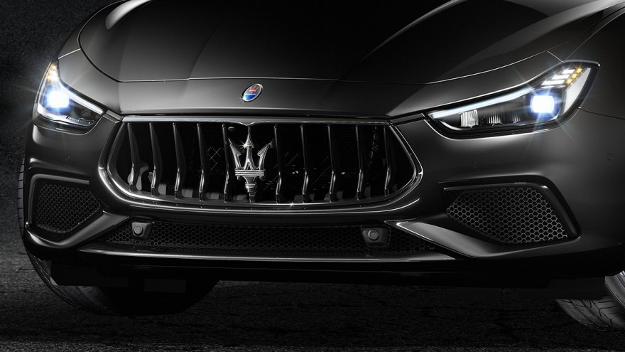 2018 Maserati Ghibli S Q4  GranSport Nerissimo Edition
