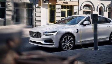 Volvo S90 T8 PHEV獲《AAA 汽車指南》肯定!囊括最佳車款、最佳大型房車、最佳豪華車款三大獎