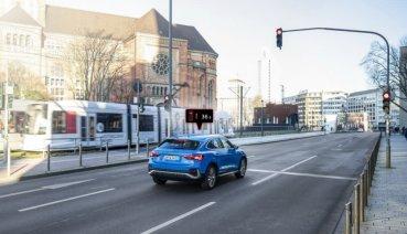 科技助你開天眼!Audi歐洲2020年式車款配備「紅綠燈資訊預告」系統