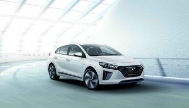 Hyundai Ioniq歡慶榮獲年度最佳油電車款、限時優惠99.9萬再升級影音安全配備!
