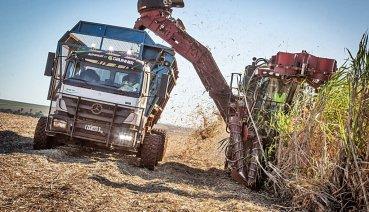 農田收割車也能自動駕駛,賓士打造農用自駕貨卡免動手、不倦怠而且很省