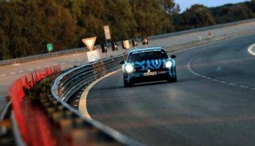 達成24小時3,245公里耐久測試!Porsche Taycan原型車於Nardò測試道展現出色耐久性