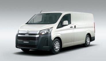 預售價 105.9萬/107.9萬二規格先行販售,Toyota Hiace 商用三座版開始於 Hino 通路預接單