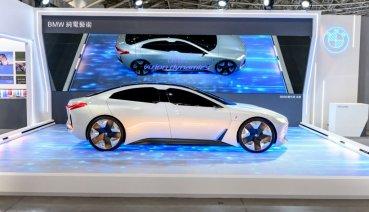 BMW總代理汎德攜手台北當代藝術博覽會 精彩展演「純電藝術」