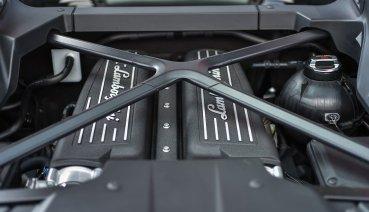 電控狂牛  Lamborghini Huracan EVO !