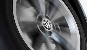 怎麼看都很「正」!VW推出「不倒翁」輪圈中心蓋