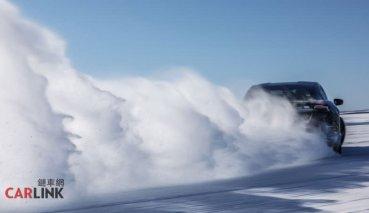 開在雪地跟火車一樣穩 Porsche為電動車發展雪地動態穩定系統