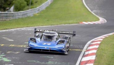 誰能比我快,不服來戰,6分05.366秒Volkswagen ID.R創紐柏林電動車最速紀錄