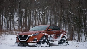 Nissan又出怪招! 這次換Altima裝上履帶挑戰雪地極限操作!