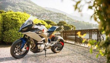 全知,全能BMW Motorrad 概念車Concept 9cento