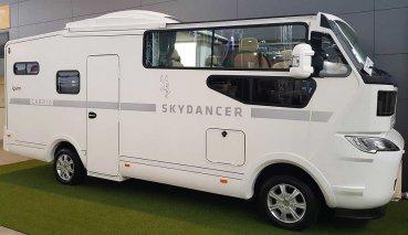 酷斃了!Skydancer發表全球首輛敞篷露營車