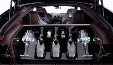 把妹神器就靠這一味!讓Aston Martin Rapide S與Dom Pérignon香檳幫你一把