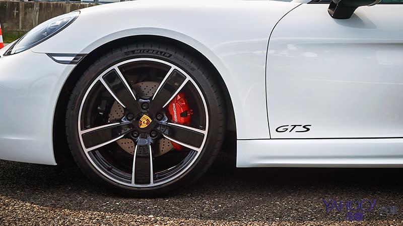 幾近完美的後中置奔馳!Porsche 718 GTS賽道輕試駕 - 9
