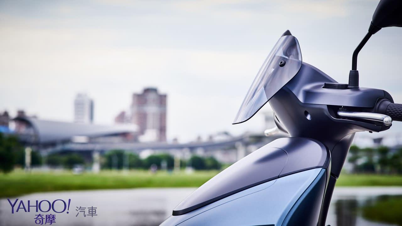 真的、我們不一樣!Yamaha換電式電動機車EC-05新北城郊試駕解析! - 8