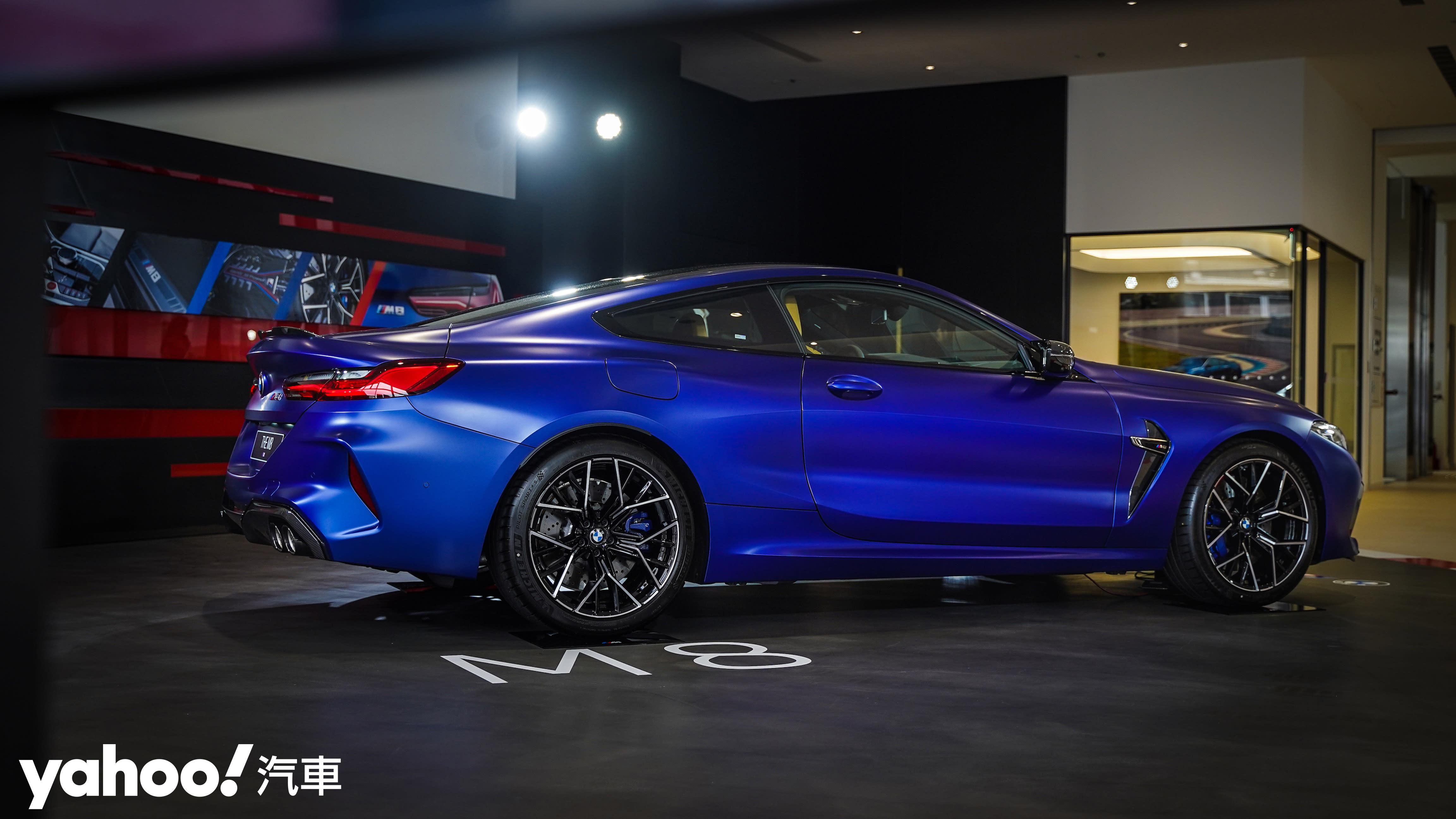 窮凶惡極的GT潛艦!2020 BMW M8 Coupe & Gran Coupe暴力上陣! - 9