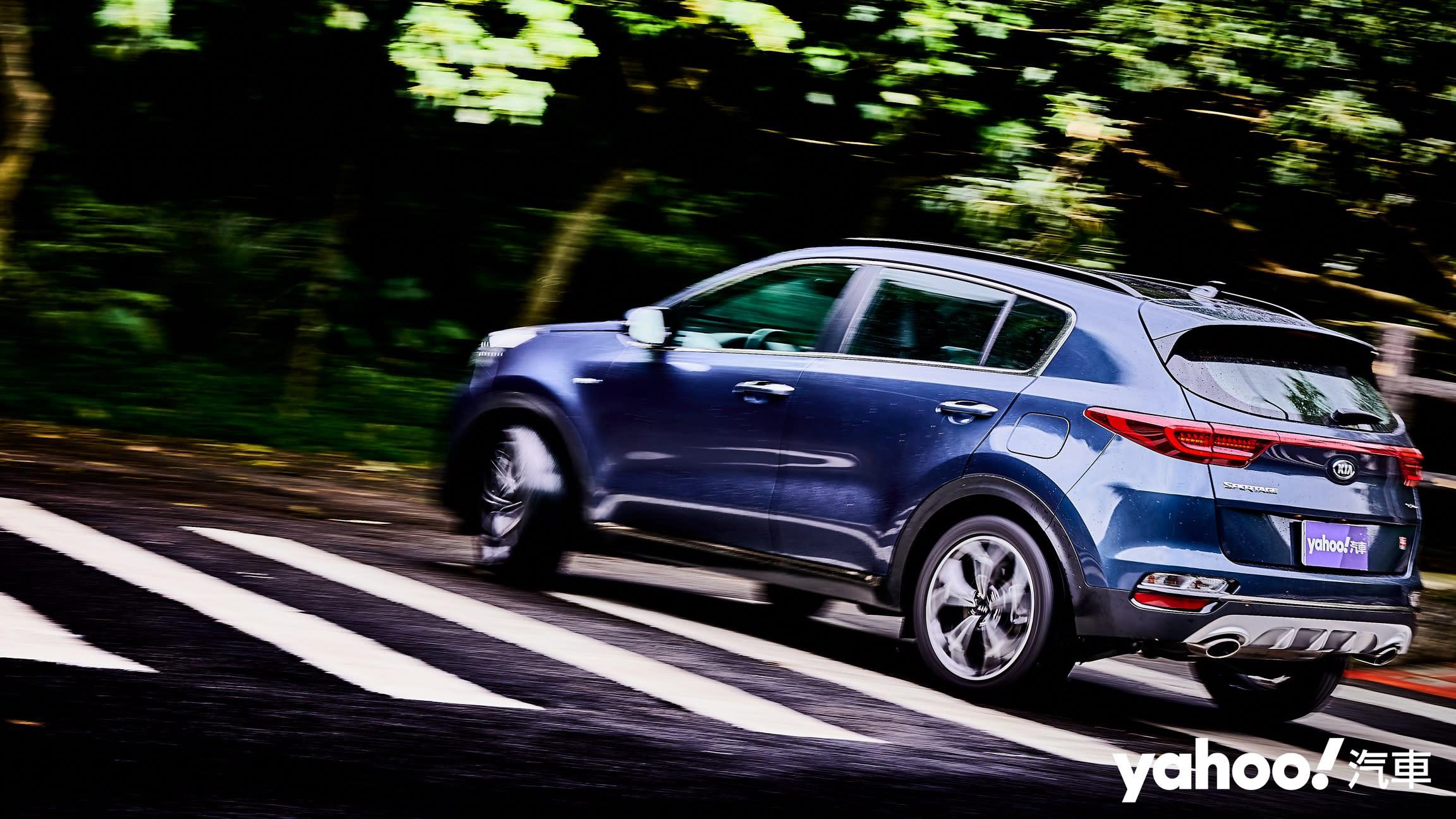 時代錯置的運動休旅悍將!2020 KIA Sportage GT Line AWD小改款城郊試駕!