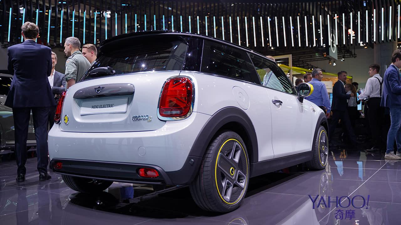 【2019法蘭克福車展】行駛里程達270公里!2020 Mini Cooper SE準備好在歐洲帶電飆速! - 4