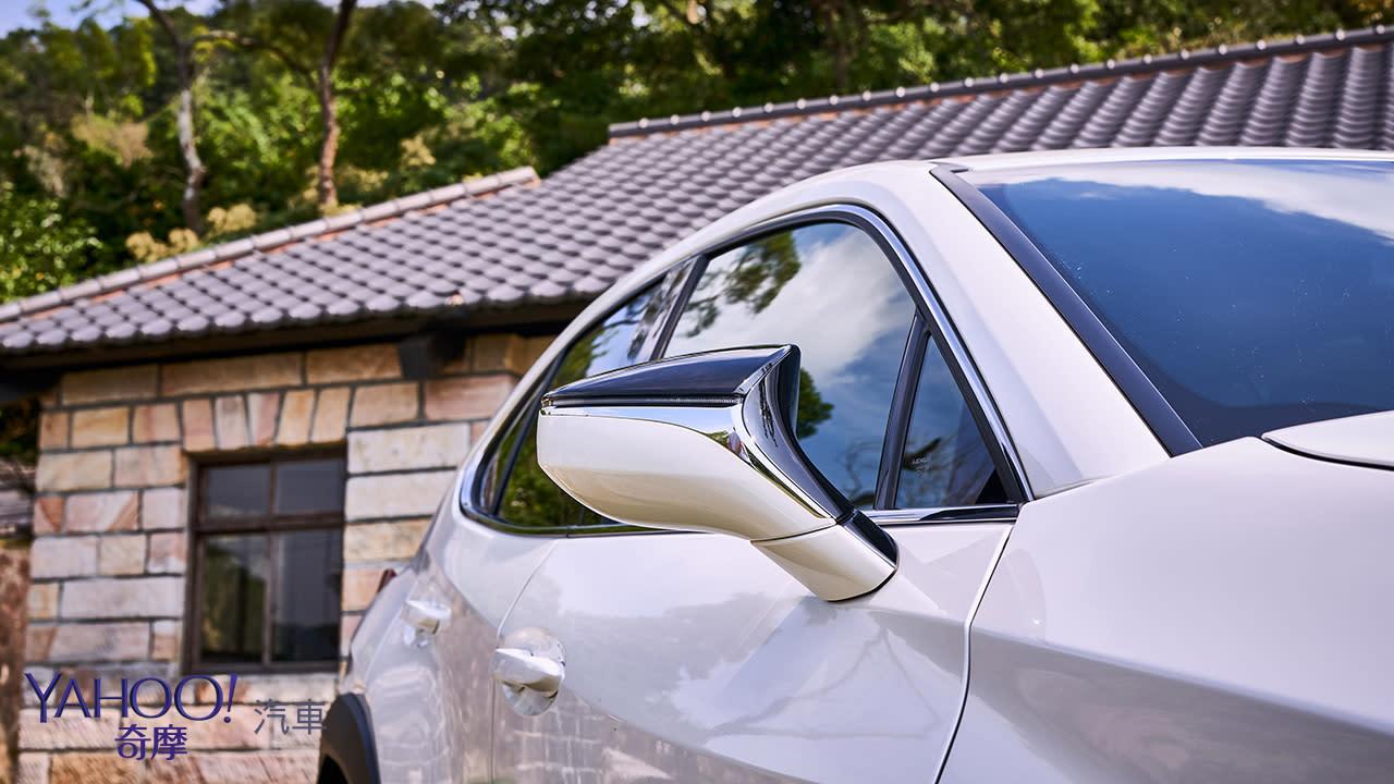 大腳踩下、更有勁!Lexus UX200山道試駕