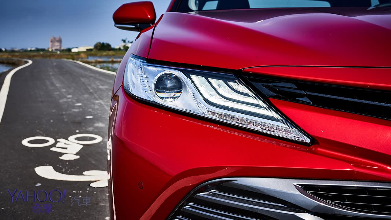 歷代之最!2019 Toyota大改款Camry 2.5 Hybrid旗艦型宜蘭試駕 - 2