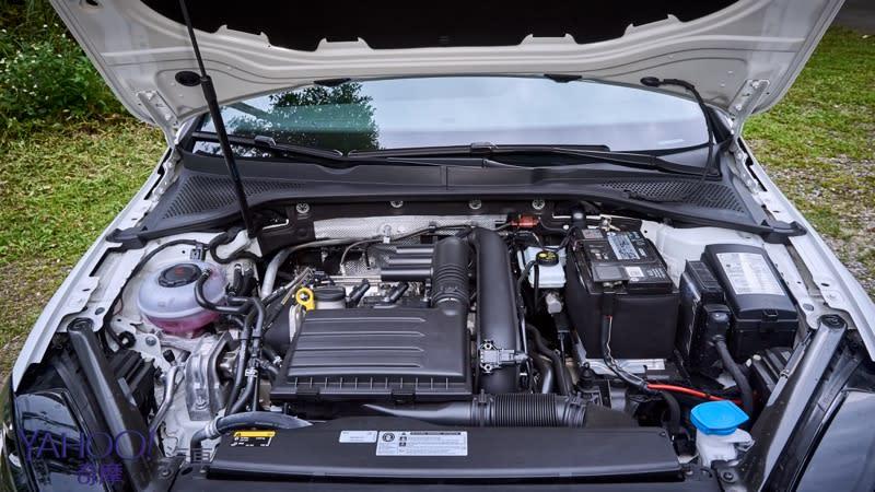 公私分明!時而大器、時而激進的年輕小夥子Volkswagen Golf Variant 280TSI R-Line宜蘭試駕 - 8