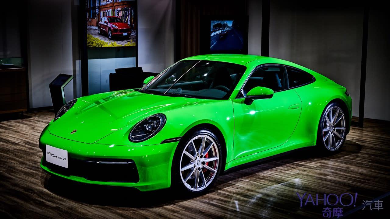 老婆逛街、老公寄放這!全球首座Porsche NOW概念店台北新光三越A9正式開幕! - 2