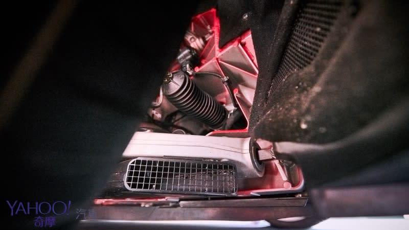 以賽道命名的當代經典!Ferrari 488 Pista 1998萬元起! - 9