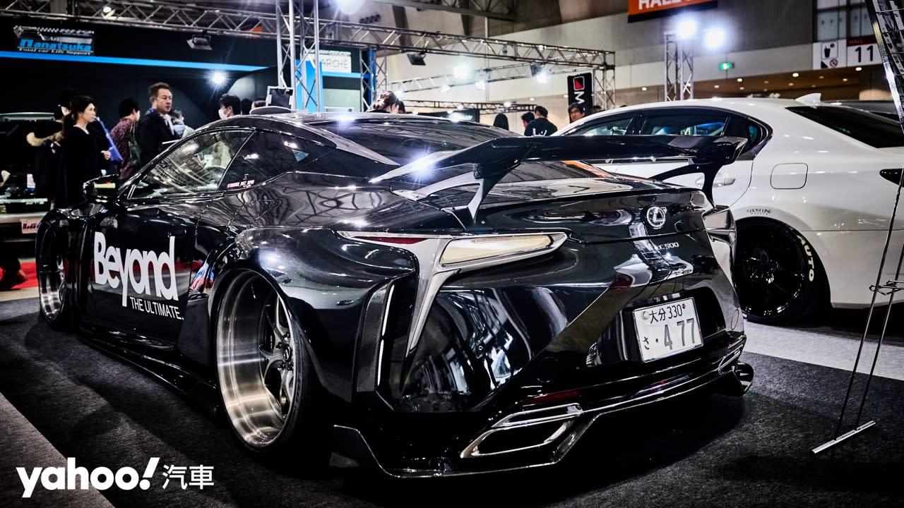 【東京改裝車展】寬而優雅的微暴力手段!Thunder Bolt打造「黑武士」級Lexus LC500! - 1