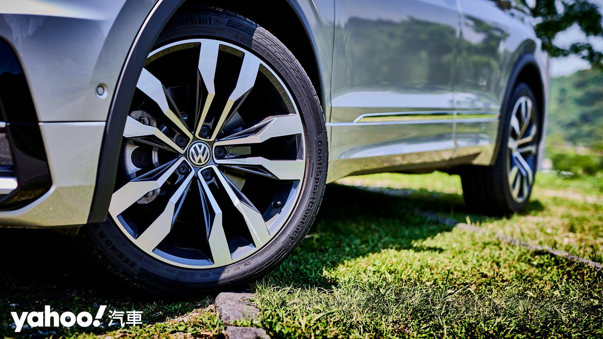 剛柔並濟所以值得!2020 Volkswagen Tiguan 380TSI R-Line Performance城郊試駕! - 7