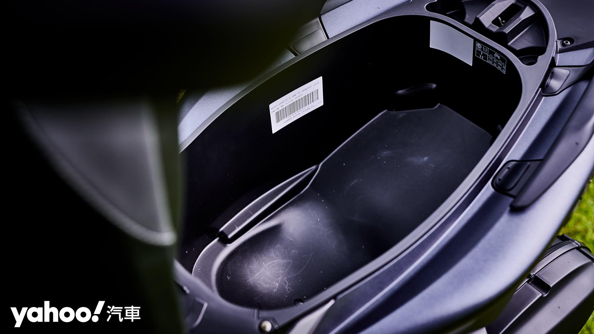 別再狼來了、這次真的是水冷!2020 Yamaha全新勁戰Cygnus Gryphus正式發表! - 13