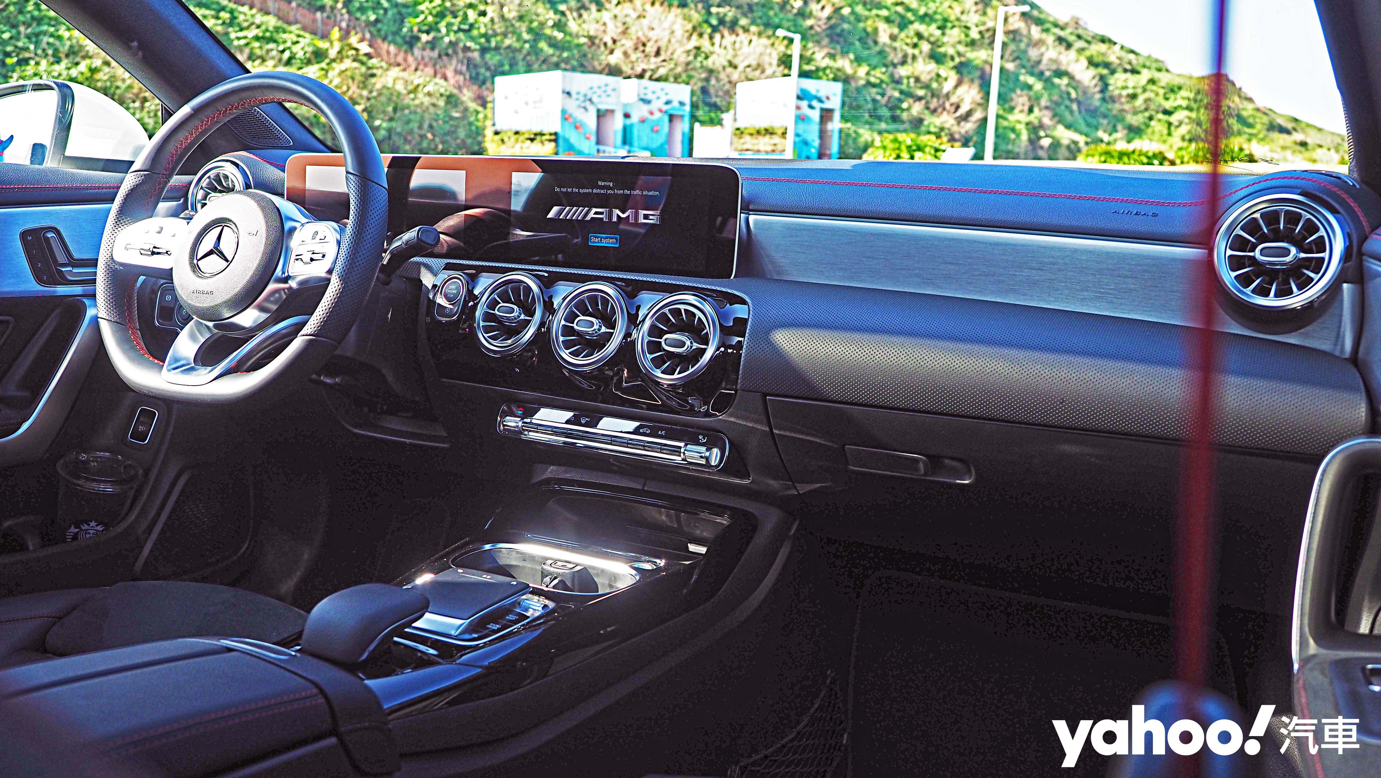 身手矯健的武打明星!2020 Mercedes-AMG CLA 35 4MATIC Coupé試駕! - 8