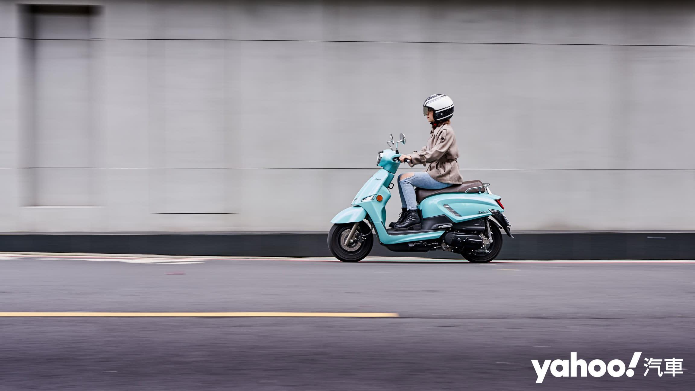 追求絕對的唯美系風格!2020 Suzuki Saluto復古風試駕評測! - 18