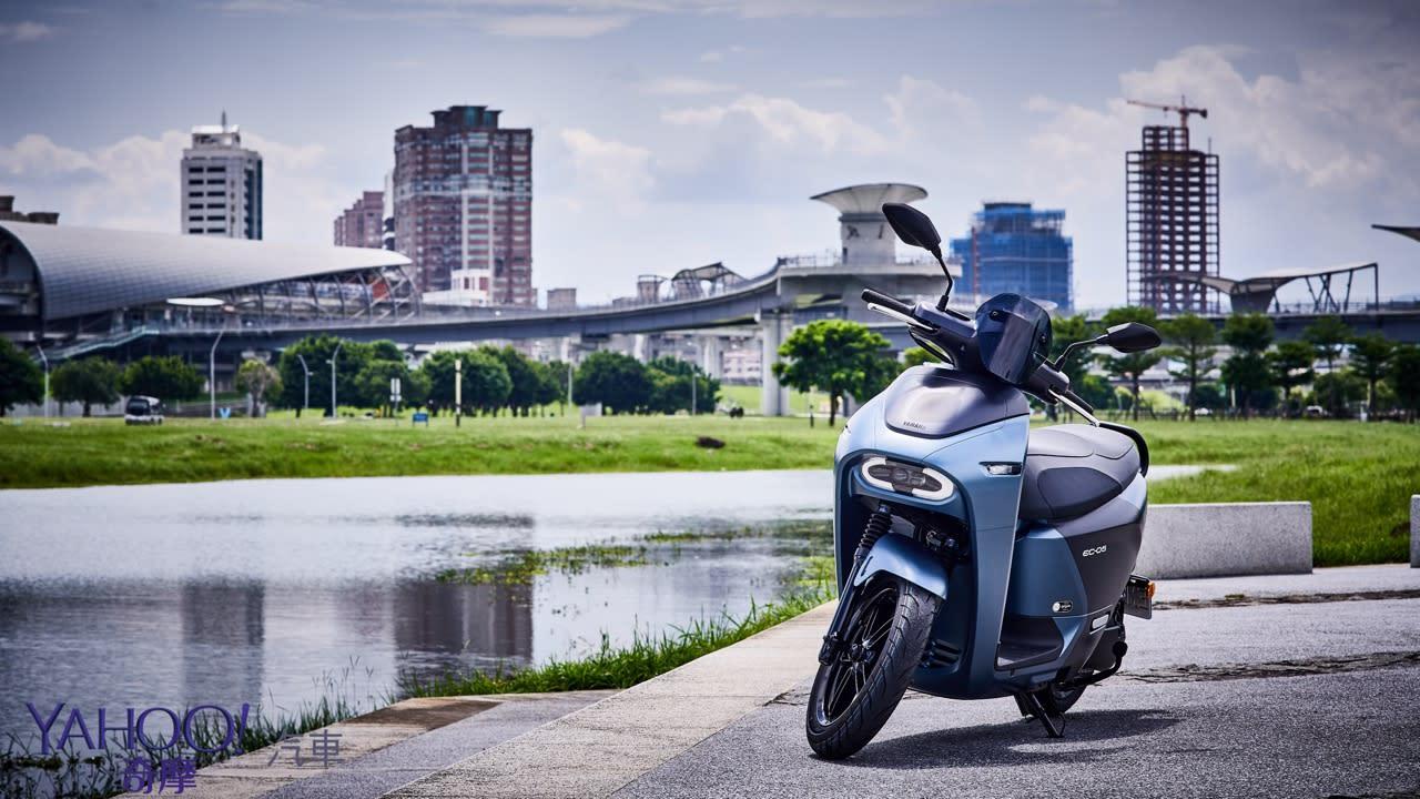 真的、我們不一樣!Yamaha換電式電動機車EC-05新北城郊試駕解析! - 2