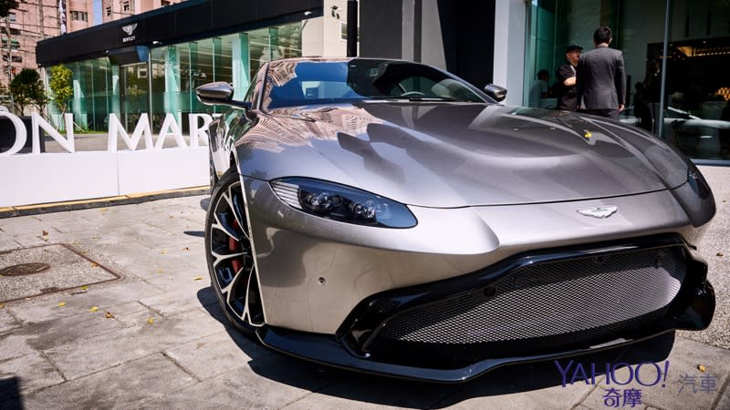 DBS Superlegerra無預警首發!Aston Martin高雄展示中心開幕辣翻南台灣! - 19